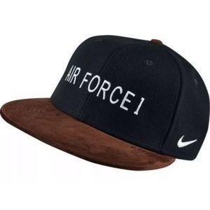NWT Nike Air Force 1 True SnapBack